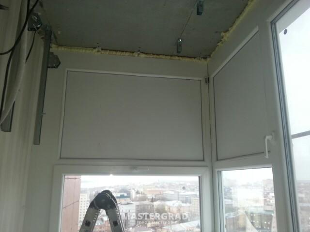Установка внешнего блока на теплой застекленной лоджии с при.