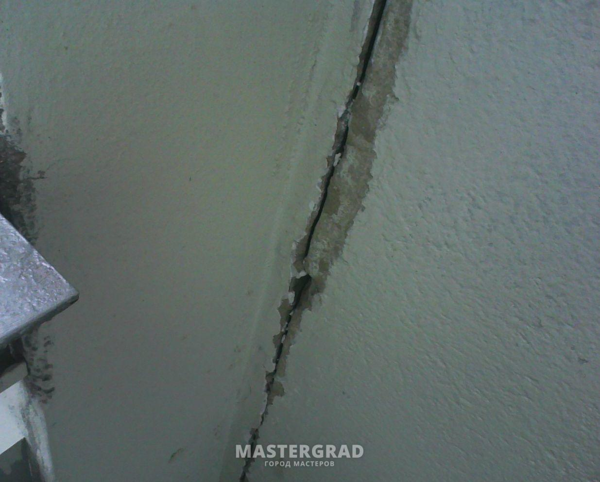 Заделка швов между стен и ванной