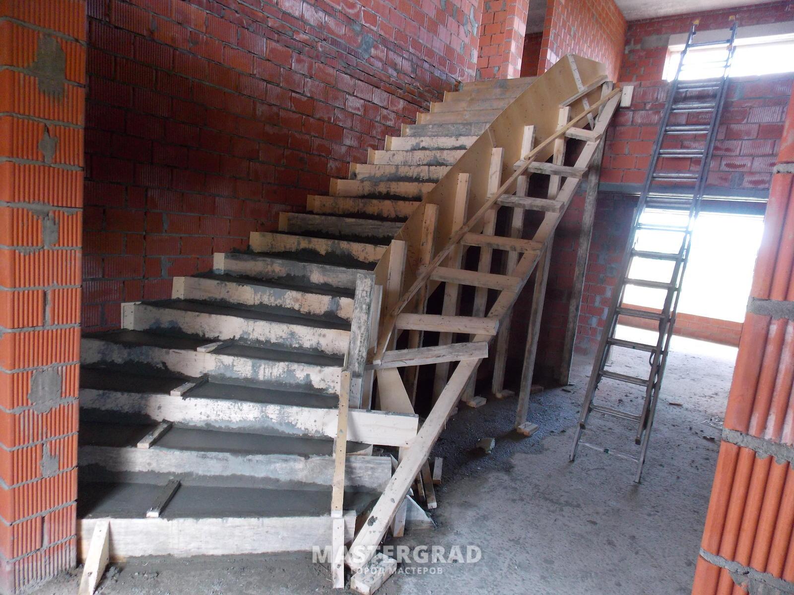 Строительство бетонной лестницы своими руками