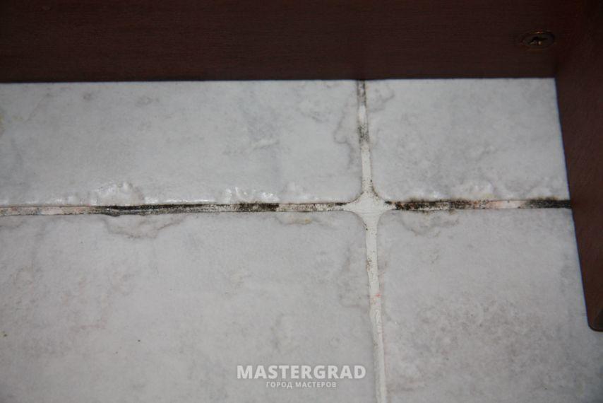 Герметизация шва между акриловой ванной и кафелем