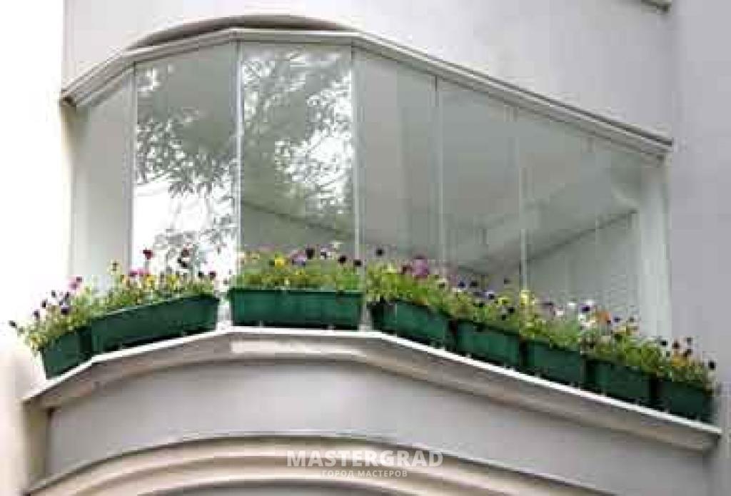Как повесить цветы за окном фото