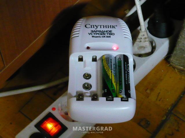 Зарядное устройство спутник cr609 инструкция