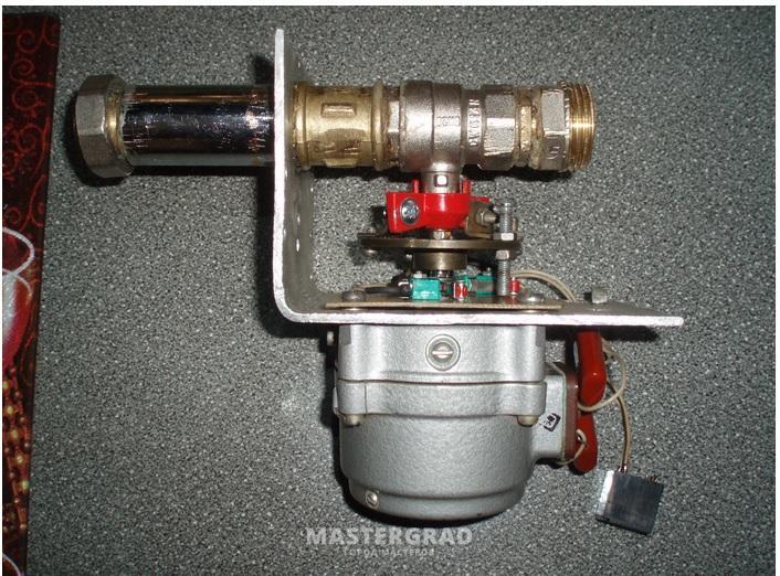 Электропривод для шаровых вентилей и заслонок, с однофазным двигателем