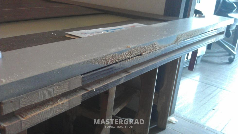 Раздвижная дверь фото Форум mastergrad Двери теперь ездят плавно как будто снизу у них роликовые направляющие Так что если кто столкнется с кассетонами в своей практике берите идею на