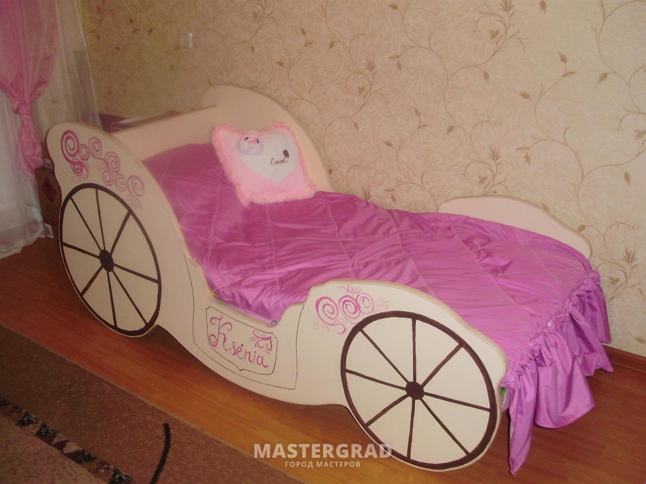 Сделать кровать-карету своими руками